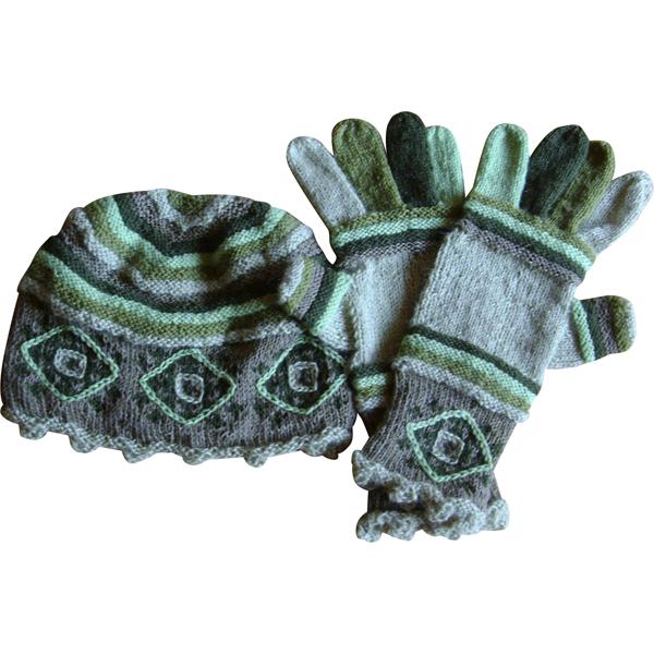 hue og handsker i grønt 600x600
