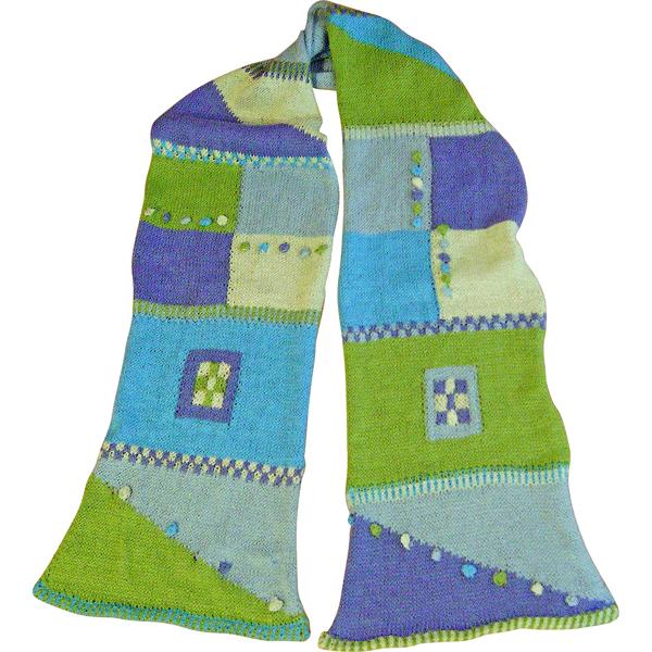 tørklæde med mange strikketeknikker 600x600