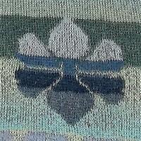 tørklæde med to forskellige blomster1 udsnit 2