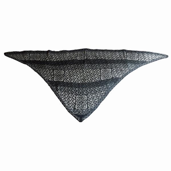 sjal med keltiske knuder 600x600