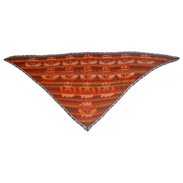 sjal med middielalderblomst 600x600