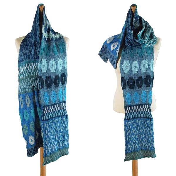 forårstørklæde i turkis nuancer 600x600